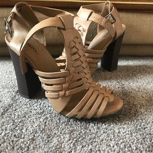 Merona chunky tan heels